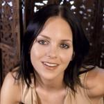 Anna Faris Plain Black Hair