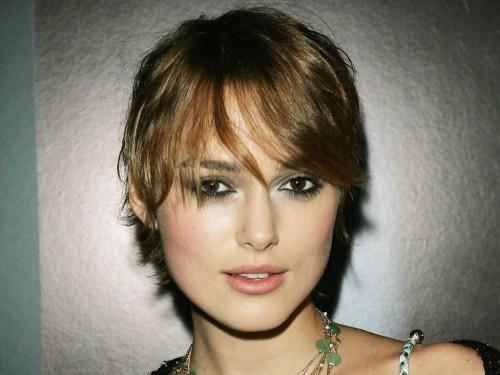 Celebrities Simple Elegant Hairstyle Pictures