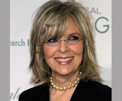 Cool New Short Hairstyles For Women Over Spectacles