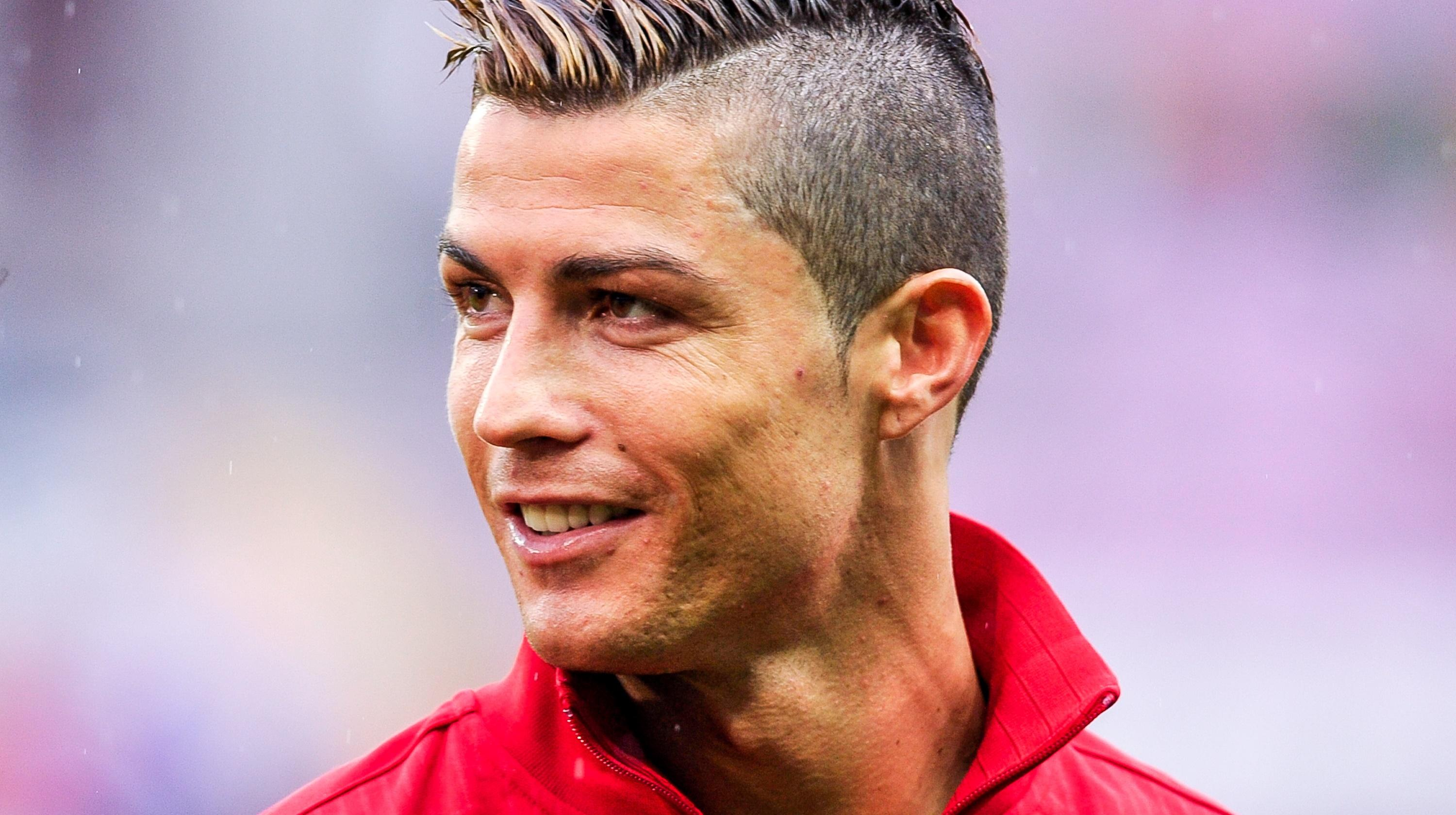 Cristiano Ronaldo Hairstyles For Men Sophie Hairstyles 9399