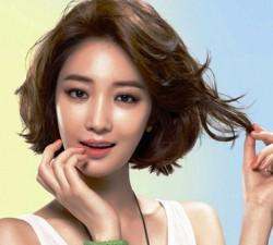Cute Short Wavy Hairstyles Swept Bangs For Asian Women Thick