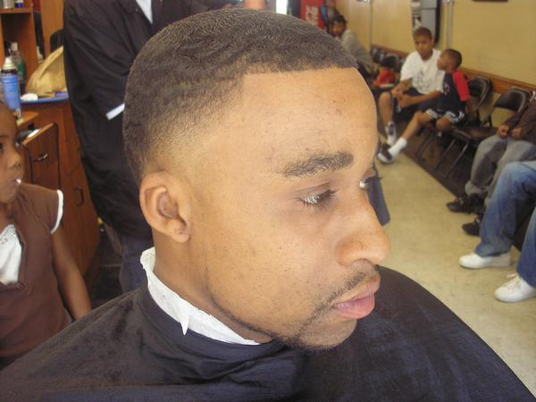 Fade Haircut Regular High Low Top Temple