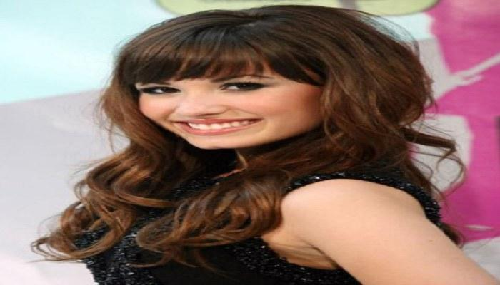 Terrific Hairstyle Bangs For Oval Face Sophie Hairstyles 532 Natural Hairstyles Runnerswayorg