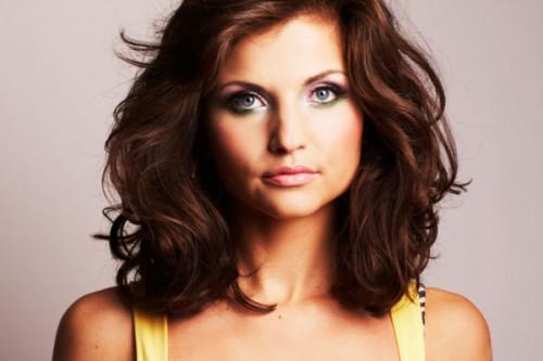 Hairstyles For Thick Hair Women