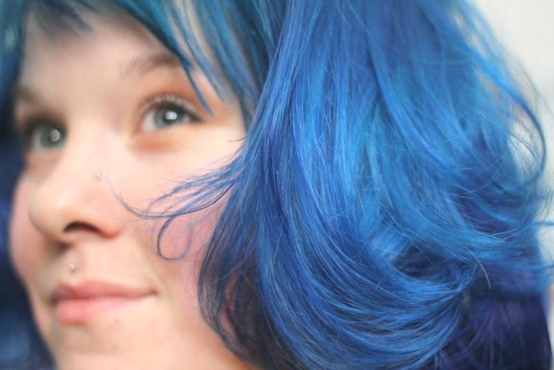Has Completely Impressed Blue Shades