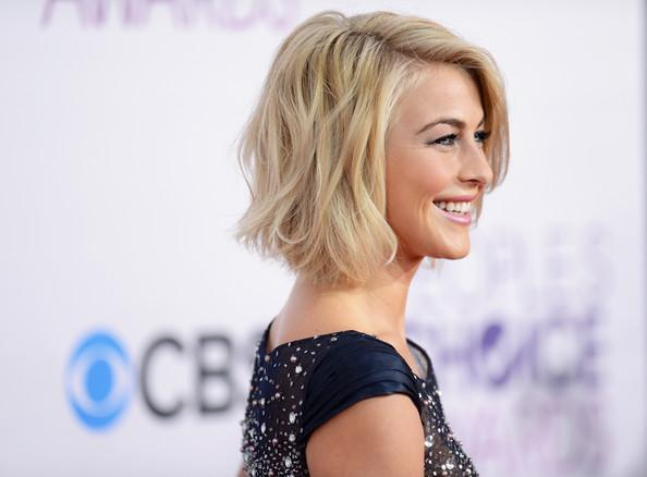 How Style Julianne Hough Short Hair Sophie Hairstyles 47454