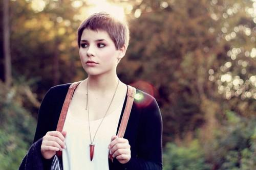 Ousting Pixie Cuts For Round Faces