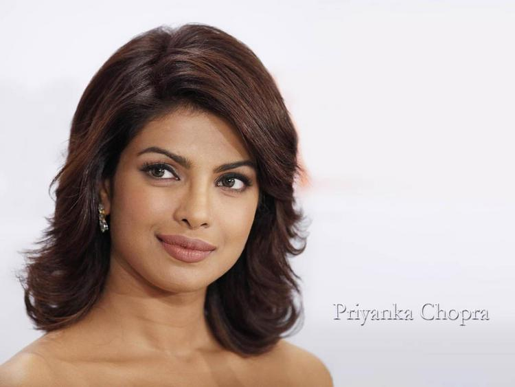 Priyanka Chopra Short Hair Nice Look