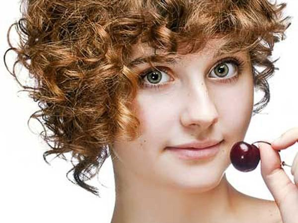 Published Short Curly Hairstyles For Round Faces