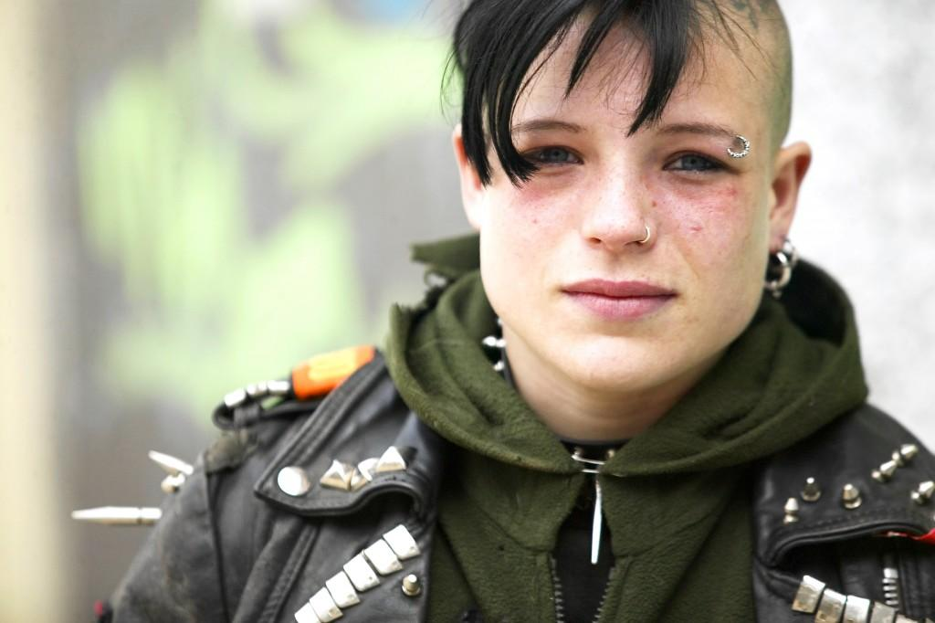 Scary Punk Hairstyles For Girls