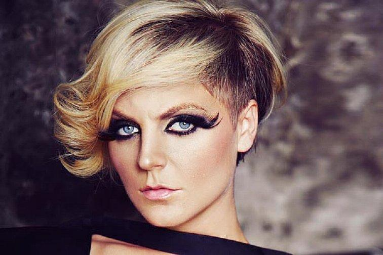 Fabulous Short Blonde Hairstyles Swept Bangs For Women Long Faces Sophie Schematic Wiring Diagrams Amerangerunnerswayorg