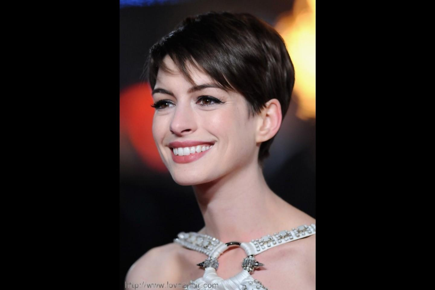 Short Pixie Cut Side Swept Bangs Hairstyles Picture