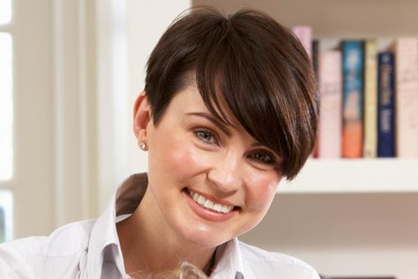Similar Anne Hathaway Pixie Cut For Thick Hair This Lovely Sophie Hairstyles 32257