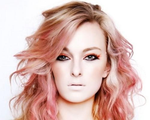 Soft Red Shades Give Dreamy Look Stylishly Waved Hair