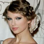Taylor Swift Pretty Updo Made Wavy Brown Hair Decorated
